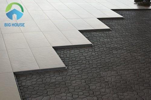 chiều dày gạch ceramic 300x300