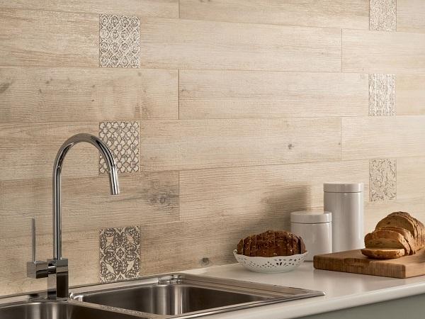 gạch ốp tường vân gỗ phòng bếp