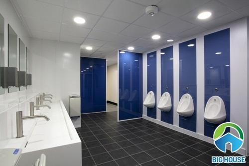 Mẫu nhà vệ sinh sử dụng gạch nền màu tối