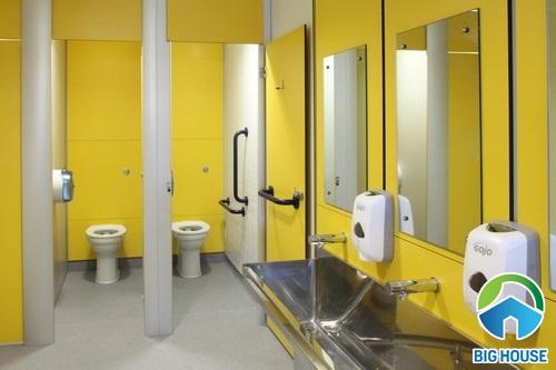 nhà vệ sinh trường học đạt chuẩn