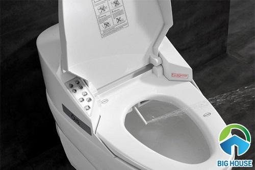 nhà vệ sinh thông minh không tốn điện nước