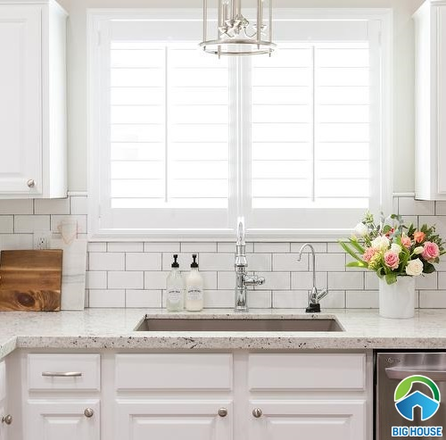 Khám phá 4 phong cách phối gạch ốp bếp màu trắng dẫn đầu trào lưu