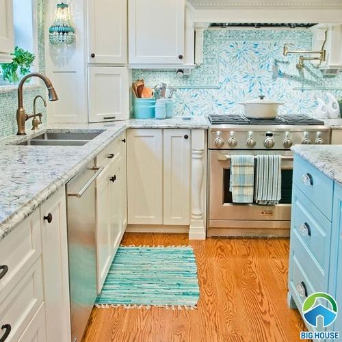 Cách phối gạch ốp bếp màu xanh lý tưởng cho không gian nấu nướng