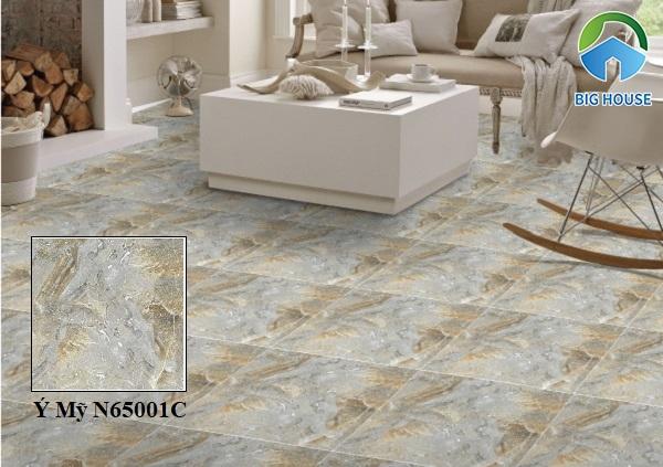 Gạch lát nền phòng khách Ý Mỹ N65001C họa tiết vân đá chân thực và sắc nét