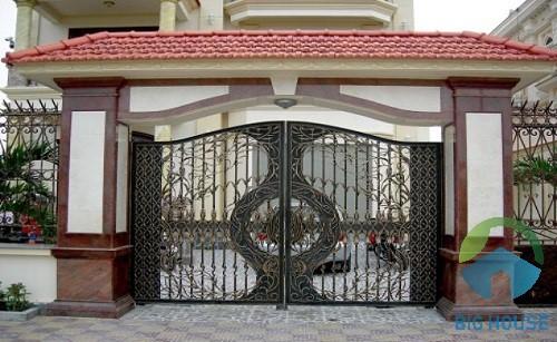 gạch ốp cổng nhà 1