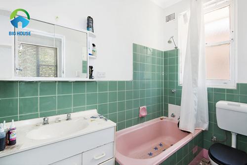 gạch ốp nhà tắm màu xanh 1