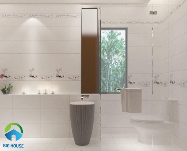 Bộ gạch ốp tường nhà vệ sinh Prime 09941, 42, 43 màu trắng, viên điểm họa tiết lọ hoa