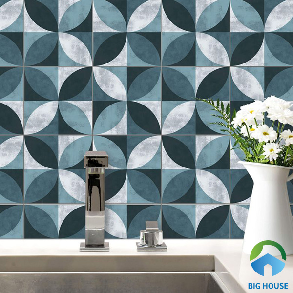 Gạch bông họa tiết hình khối với sự kết 3 gam màu xanh - trắng - đen