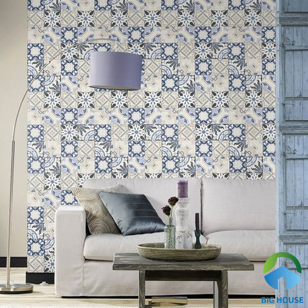 Gạch bông màu xanh - trắng ốp tường phòng khách sinh động