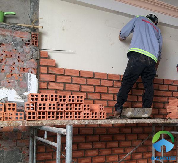 Sử dụng gạch chống nóng 4 lỗ để xây tường nhà