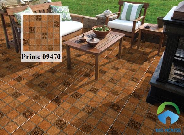 Mẫu gạch đỏ cotto Prime 09470 họa tiết ô vuông đậm nhạt xen kẽ họa tiết hoa văn sinh động