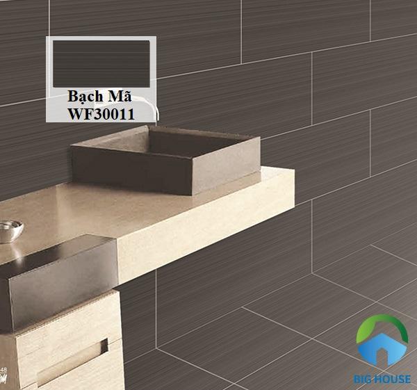 Gạch Bạch Mã WF30011 màu xám đậm đơn giản và sang trọng cho không gian phòng tắm
