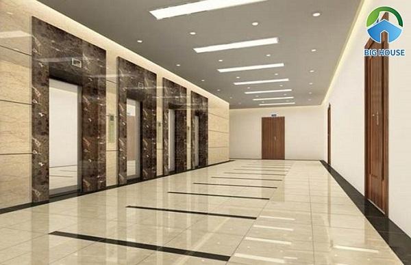 Bạn có thể sử dụng gạch vân đá marble hay đá hoa cương để lát hành lang