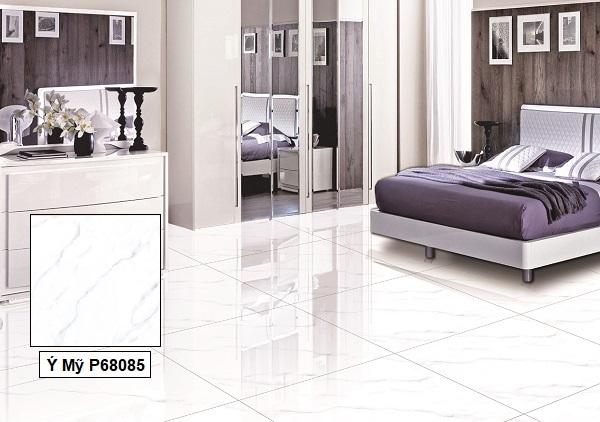 Gạch giả đá màu trắng Ý Mỹ P68085 lát nền phòng ngủ